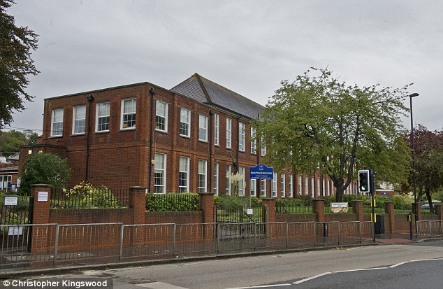 Parents of pupils at Selsdon Primary School in South London have launched a campaign of abuse after being asked to refrain from smoking at the school's gates