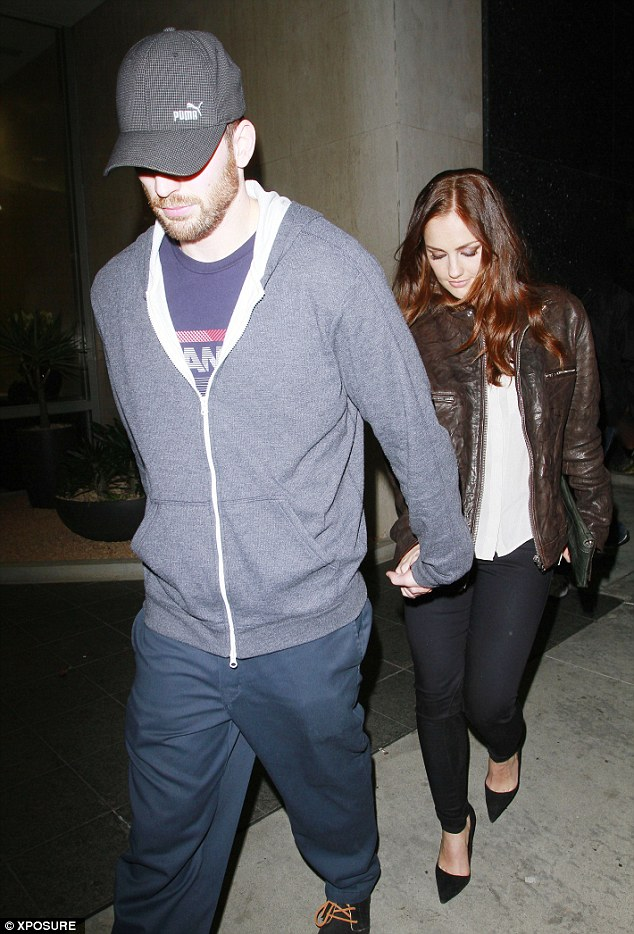 It's over... again! Chris Evans and Minka Kelly have reportedly split for the second time
