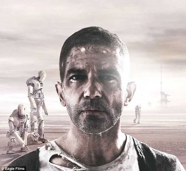 Machine uprising: In the preview, the sentients revolt and appear to kidnap Antonio's character in the stark desert landscape