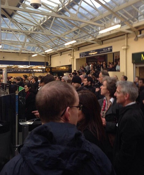 Travel chaos at Richmond Station this morning