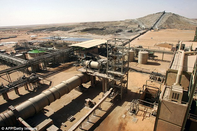Scene: Somair mineral treatment plant near the Areva uranium mine in Arlit, Niger, where the men kidnapped