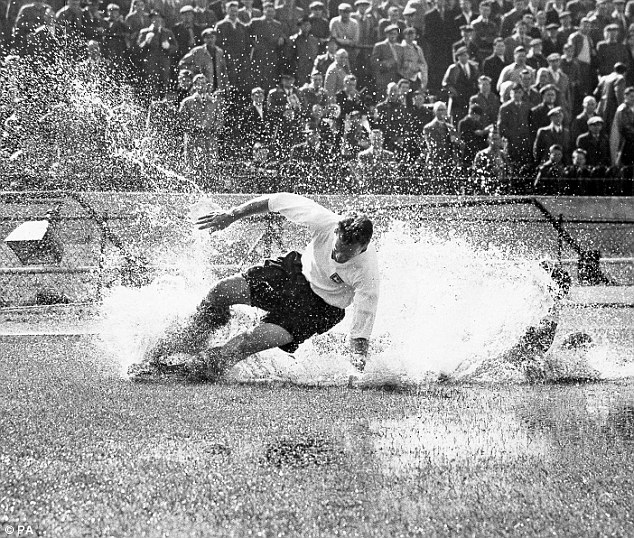 Modest: Sir Tom Finney insists he would not have been able to cope with modern football but with training techniques today he would be the match of any player