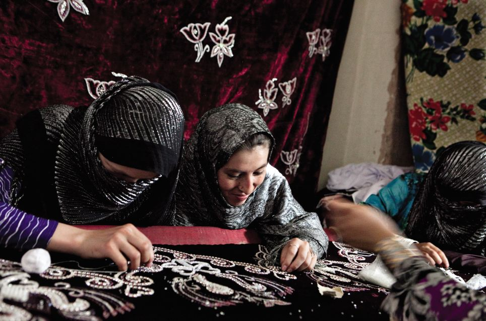 Sewing and embroidery: The people of Afghanistan were helped by the Afghanaid charity