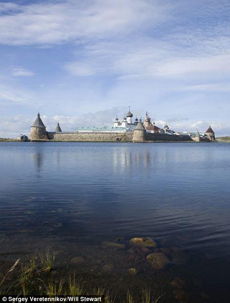 Serene images of Russian Village-Holy lake-credit S. Veretennikoveast2west news,queries Will Stewart 007 985 998 94 00.jpg