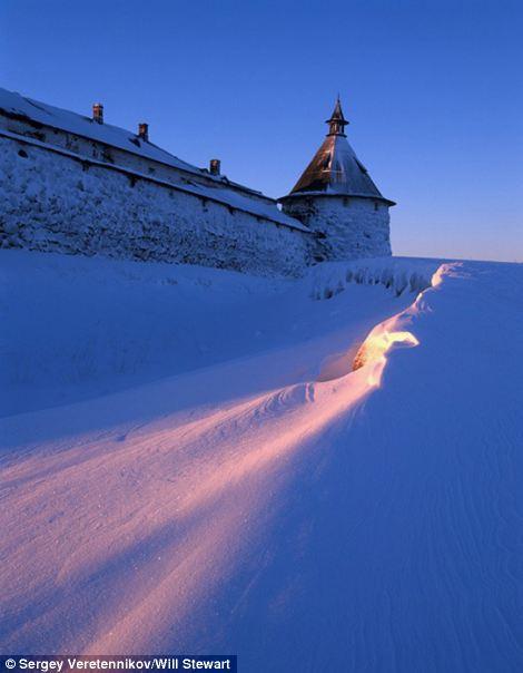 Serene images of Russian Village-The first beam of light-credit S. Veretennikoveast2west news,queries Will Stewart 007 985 998 94 00.jpg