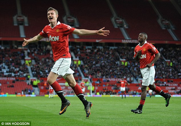 On target: Keane scores United's fourth goal - his second - in the 4-1 second leg win over Sheffield United, which secured a 6-3 aggregate success