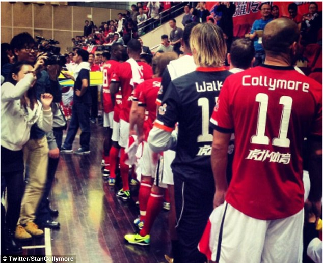 Premier League legends: Fans take pictures as Stan Collymore, Ian Walker and the rest of the team line up