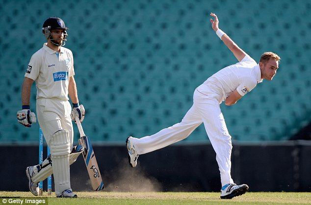 Stuart Broad of England bowls in Sydney