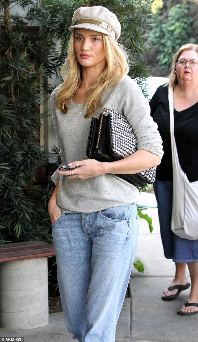Stunning: The model looked as stylish as ever as she went for a relaxed Sunday lunch in LA