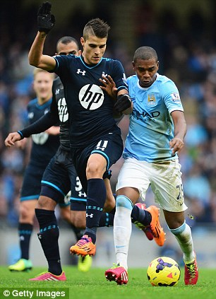 Erik Lamela looked well off the pace against Manchester City