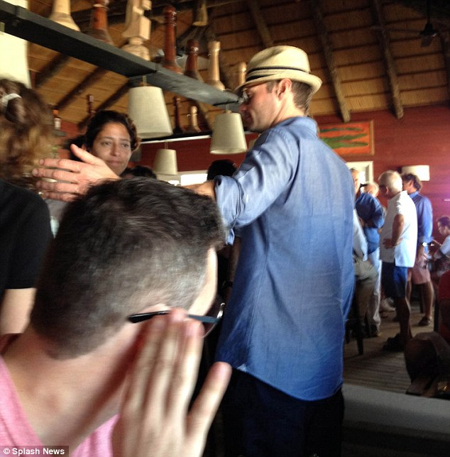 Isn't that Ryan Seacrest? A punter spots the famous TV host in the bar