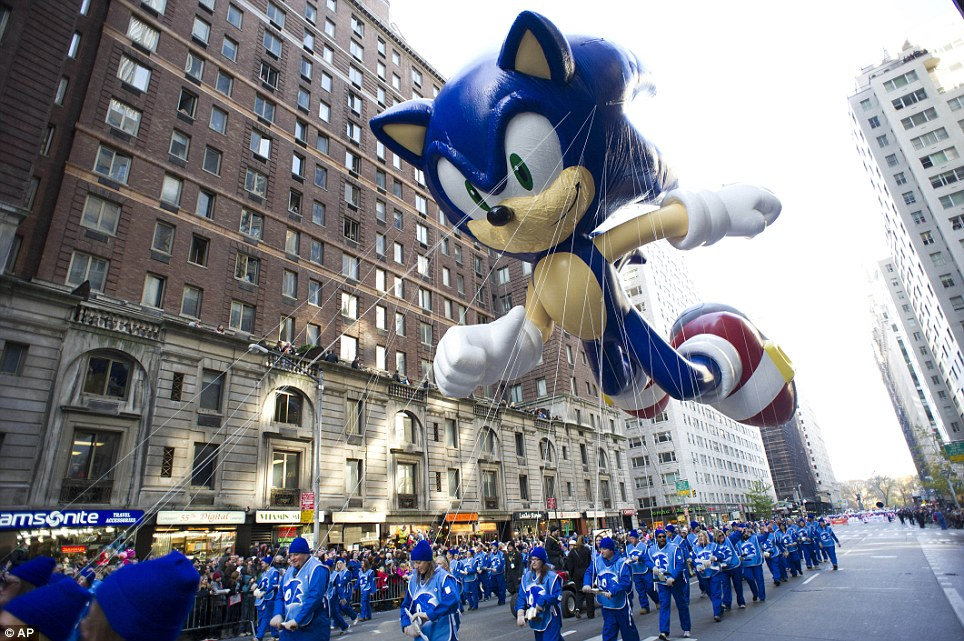 Gamer: Sonic the Hedgehog was the first video game character balloon to enter the parade in 1993