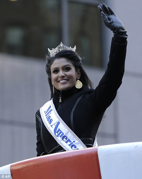 Leading ladies: Other attendants include former Smash star Megan Hilty, who performed a musical number and the current Miss America Nina Davuluri
