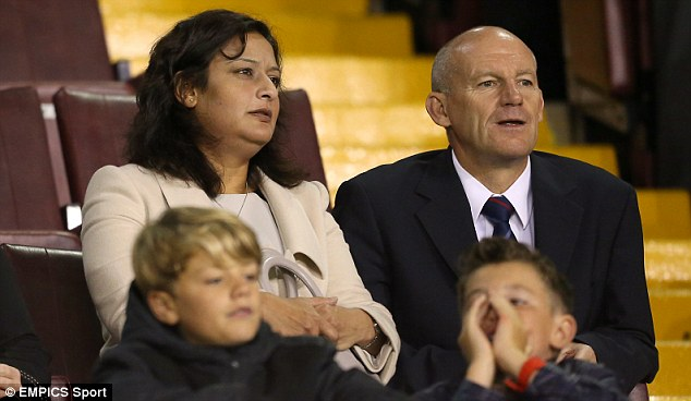 Experienced: Steve Coppell (right) remains highly thought of as a manager after his work with Reading