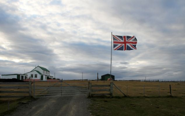 Argentina has announced new laws preventing oil firms from operating off the Falkland Islands