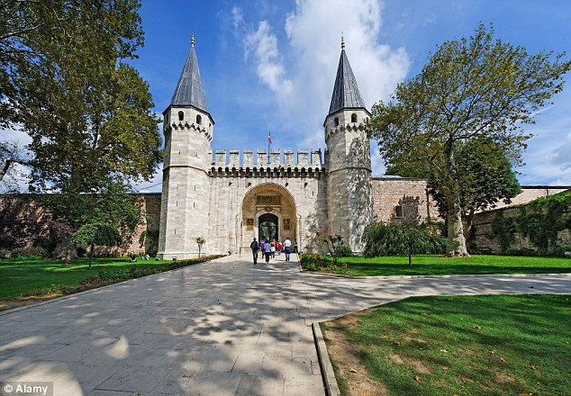Mehmet the Conqueror's Palace - the Topkapi - is built right on top of the Great Palace of the Roman Emperors