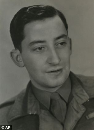 Oscar Findling, came to England by Kindertransport from Germany to escape persecution by the Nazis