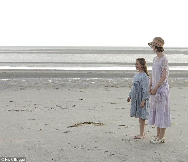Oh I do like to be beside the seaside: In the episode the family, friends and servants head to the coast for a day out