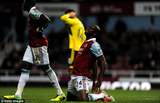 Change needed? Cole reacts after a missed chance during the dour 0-0 draw with Sunderland