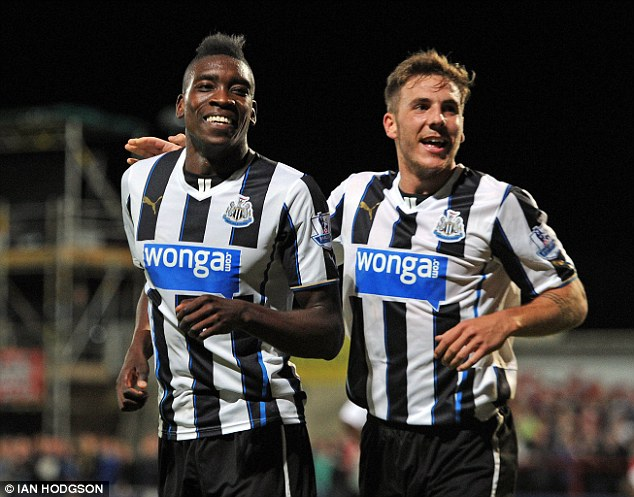 Limited opportunities: Gosling (right) is being looked at by Portuguese side Sporting Lisbon
