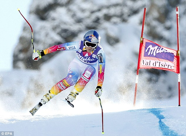 Ouch! Vonn's right knee gave out on a turn halfway down the mountain, and she's discovered that skiing with no ACL (anterior cruciate ligament) is more difficult than imagined