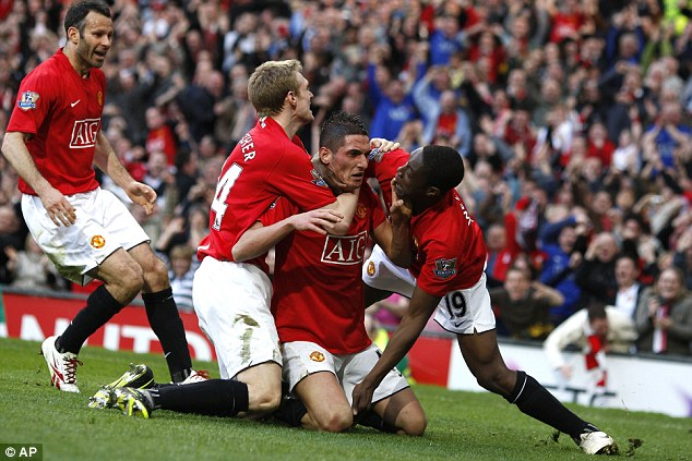 Yet again: Manchester United won the league title in 2009 despite Liverpool leading at Christmas