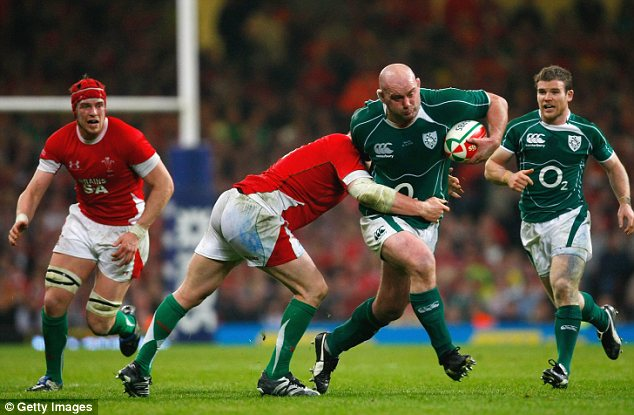 Fitting finale: John Hayes bowed out after the Munster-Connacht Christmas fixture two years ago