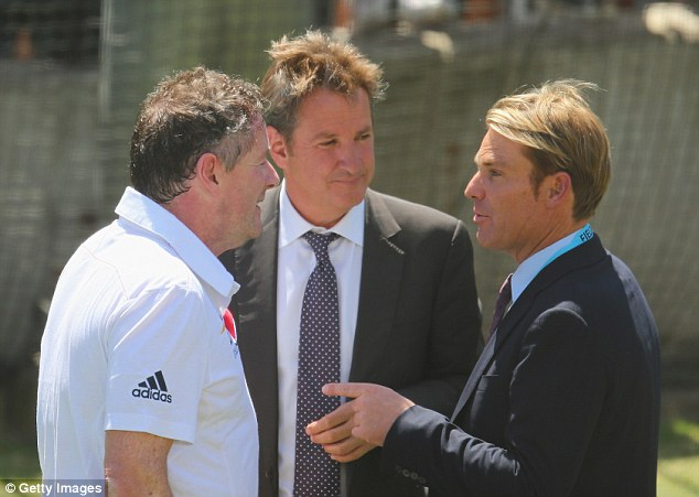 Any advice? Morgan takes some tips from former Australian spinner Warne