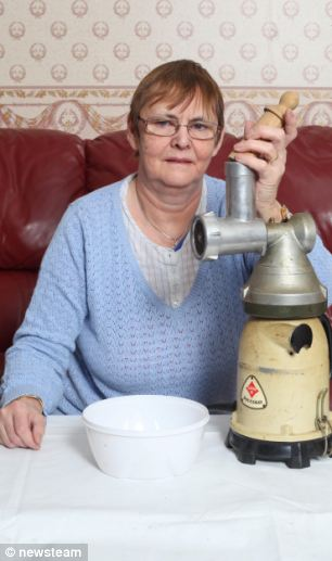 Mary Waite demonstrates her Piccolo made up as a mincer