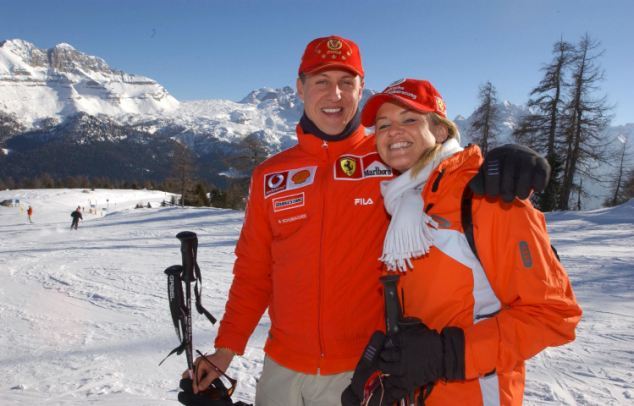Michael Schumacher with his wife Corinna skiing in the Dolomites in January 2003