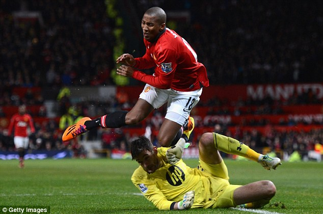 Talking point: United will feel they would have rescued a point had they been awarded a penalty kick