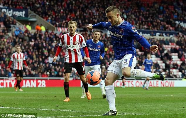 Finish: Matty Robson (right) scores to bring Carlisle level against Sunderland at The Stadium of Light