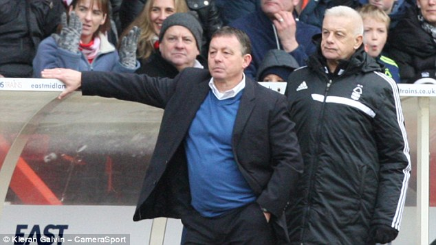 Competition: Billy Davies (left) has challenged Sportmail's Neil Moxley to a charity race