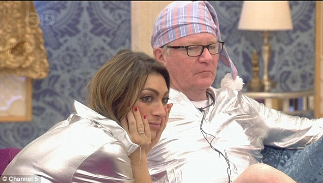 Is anything else happening? The house was a buzz with the gossip surrounding Lee, Casey and Jasmine