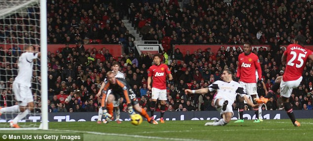 Relief: Valencia slots home from close-range after Kagawa's square header