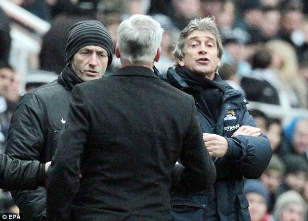 Alan Pardew and Manuel Pellegrini row in the technical area