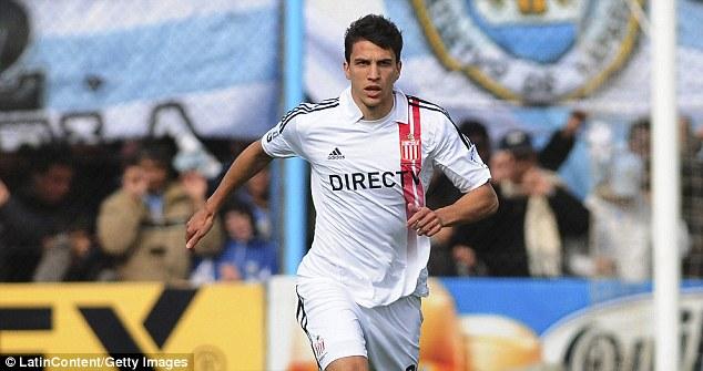 Incoming? Sunderland are close to securing the loan signing of Estudiantes defender Santiago Vergini