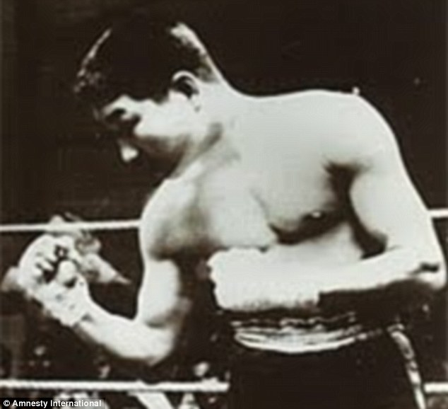 The court ordered a retrial for Mr Hakamada, a former professional boxer, who was sentenced to death in 1968