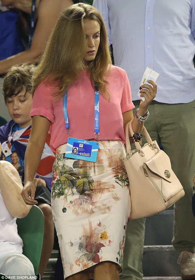 Miss Sears wore Ted Baker again after wearing the designer's shorts on Tuesday - when Murray won