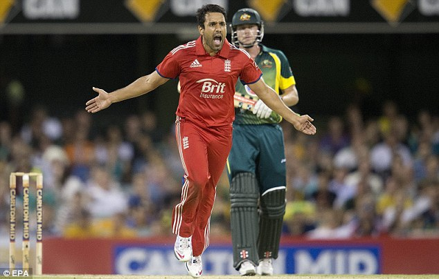 Don't go: Ravi Bopara says Cook should carry on as England captain