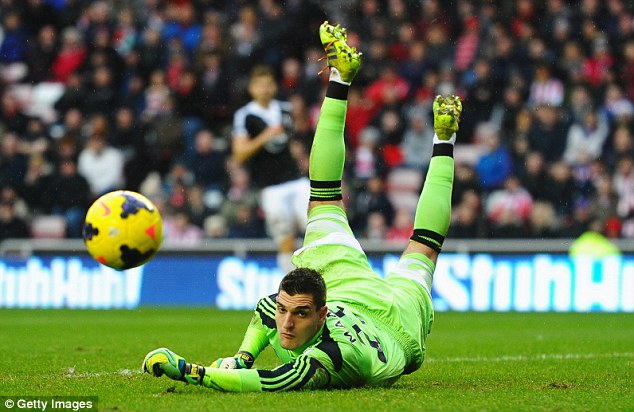 Fearless: Vito Mannone believes his Sunderland side have nothing to worry about going to Old Trafford