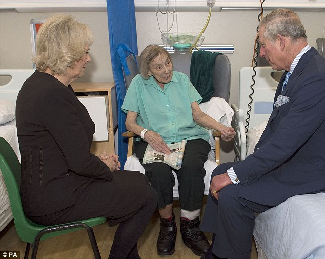 The Prince of Wales and the Duchess of Cornwall speak with Jesse Crowden, 88. Later, Prince Charles, revealed a hitherto unknown royal fact: that he and his future wife were delivered by the same gynaecologist-obstetrician