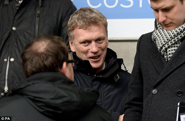 Scouting report: Moyes arrived at the Reebok Stadium in time for the three o'clock FA Cup clash with Cardiff