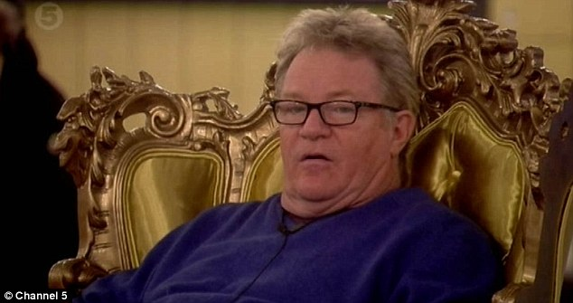 Share: Jim Davidson listened to Sam talk about her feelings for Ollie in the Words Of Wisdom task