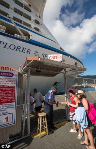 Jennifer Esposito and Michael Lamicela prepare to board Explorer of the Seas