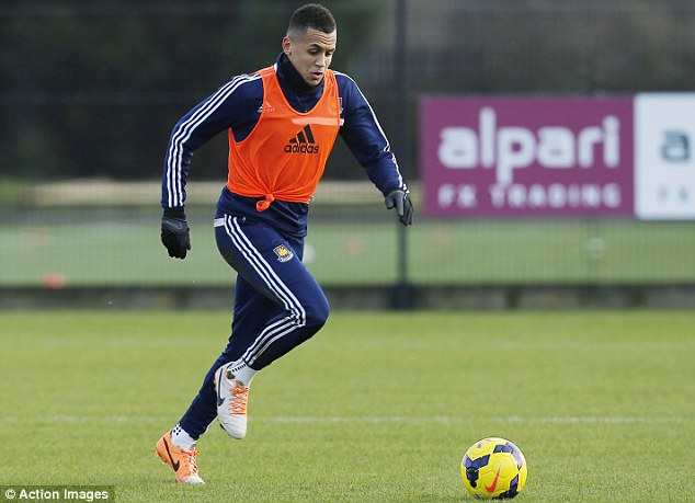 Possible switch: Fulham may yet make a fresh move for West Ham midfielder Ravel Morrison