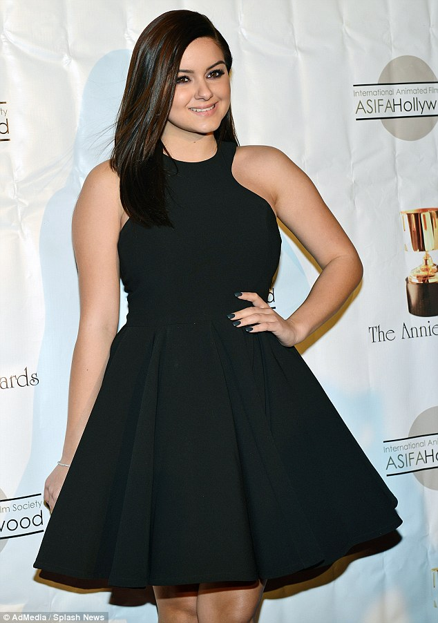 Modern star: The actress looked fab as she posed at the Annual Annie Awards in Hollywood