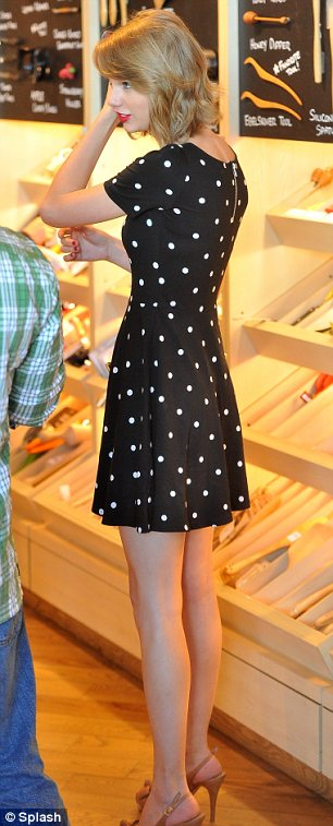 Treating herself: Taylor enjoyed some retail therapy and browsed items for the home at Williams-Sonoma