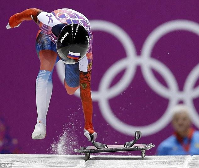 Elena Nikitina of Russia starts her third run