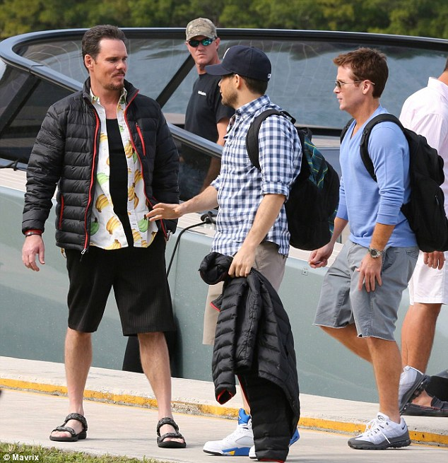 The boys are back! The actor donned a puffy black jacket as he was joined by Jerry and the other Kevin on set
